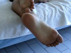 feet in